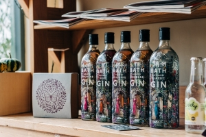 branding-chandos-deli-gin-bottles
