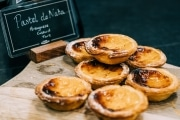 branding-chandos-deli-pastries